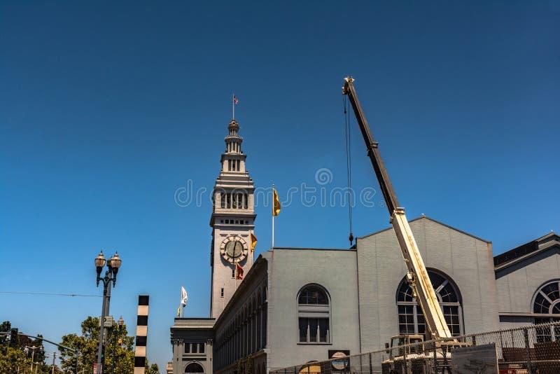 Башня с часами на Embarcadero, Сан-Франциско, Калифорния стоковая фотография