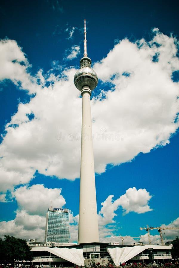 Башня ТВ в Берлине, Германии стоковые изображения rf