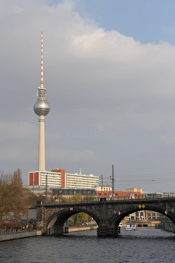 башня телевидения berlin стоковые изображения rf