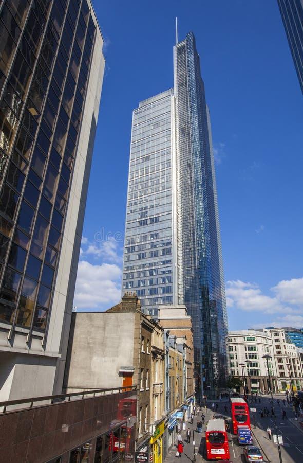 Башня цапли в Лондоне стоковые фотографии rf