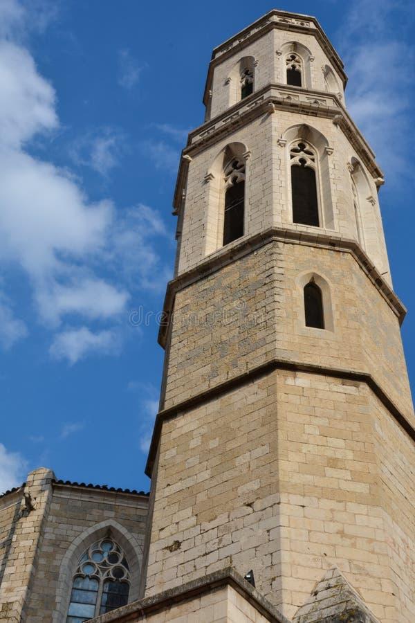 Башня церков Sant Pere de Фигераса стоковые изображения rf