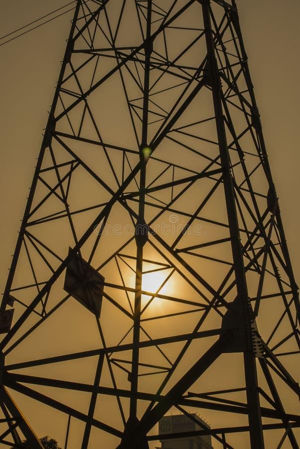Башня энергосистемы стоковое изображение rf