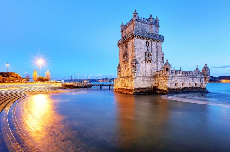 Башня Belem, Лиссабон - Португалия на ноче стоковая фотография rf