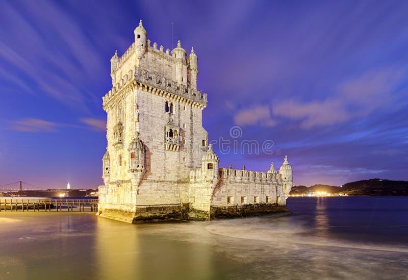 Башня Belem, Лиссабон - Португалия на ноче стоковое изображение rf