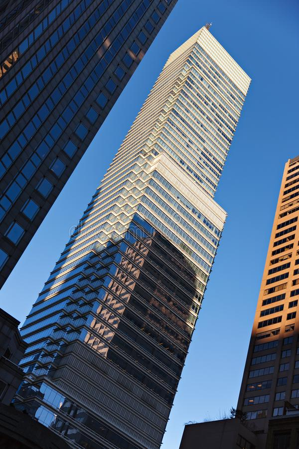 Башня Bloomberg на заходе солнца Сторона UpperEast New York стоковая фотография