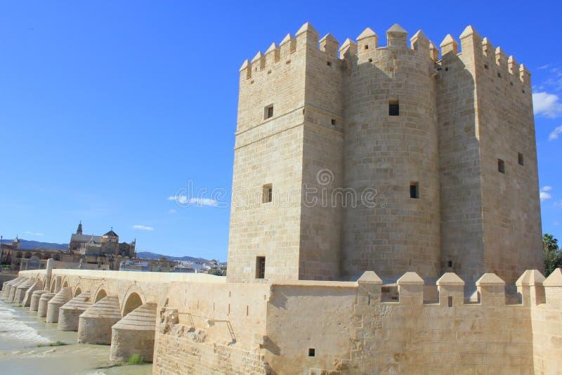 башня calahorra cordoba стоковые фото