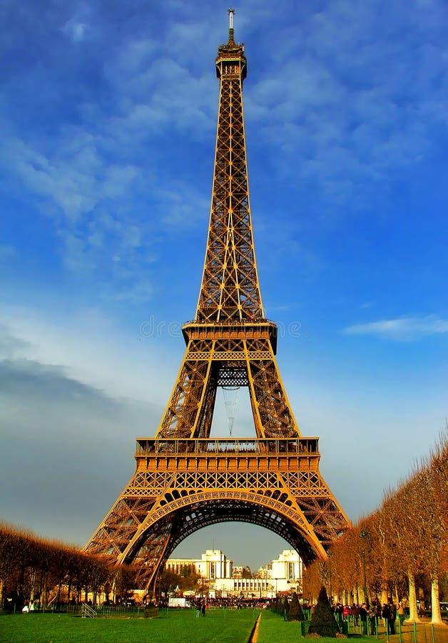 башня eiffel paris дневного света стоковые фотографии rf