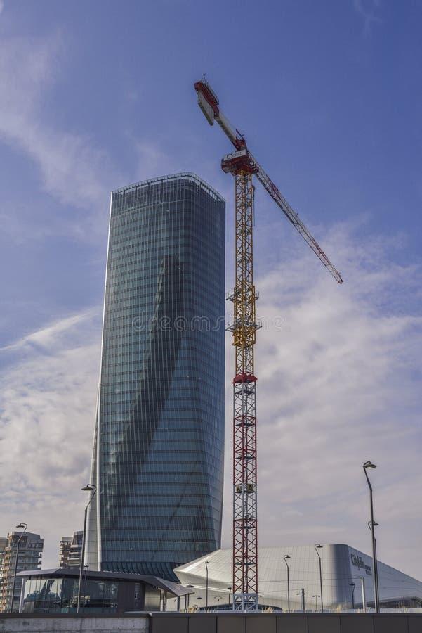Башня Generali, Lo Storto переплетенное одно в английском, небоскреб в Tre Torri, милане, Италии Новая башня вызвала ` изогнутый  стоковое фото rf