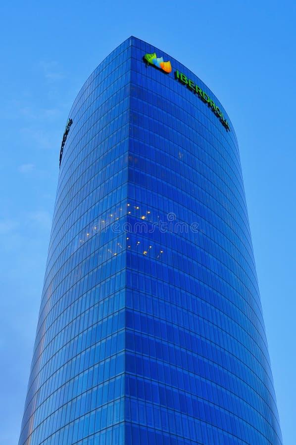 Башня Iberdrola в Бильбао, Испании стоковые изображения