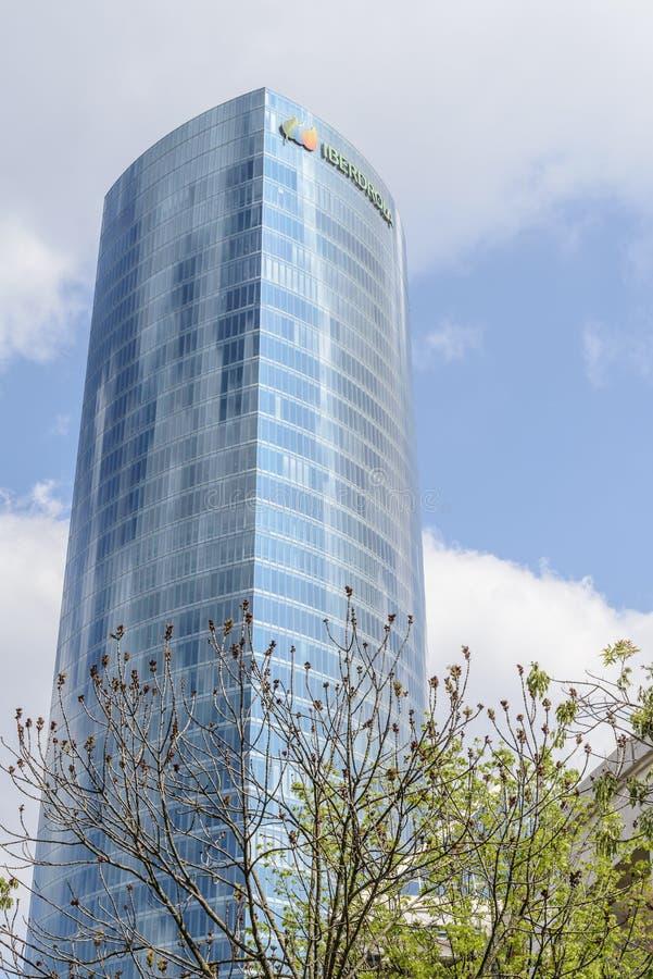 Башня Iberdrola в городе Бильбао, Испании стоковое изображение