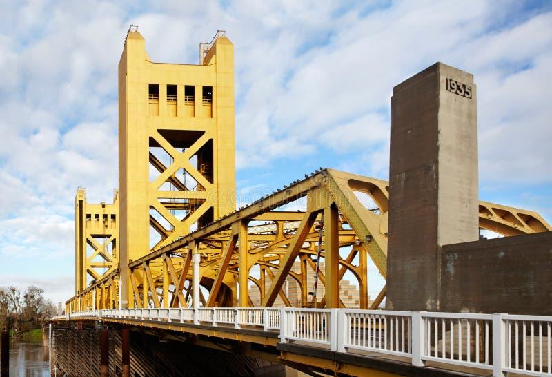 башня sacramento моста стоковое изображение
