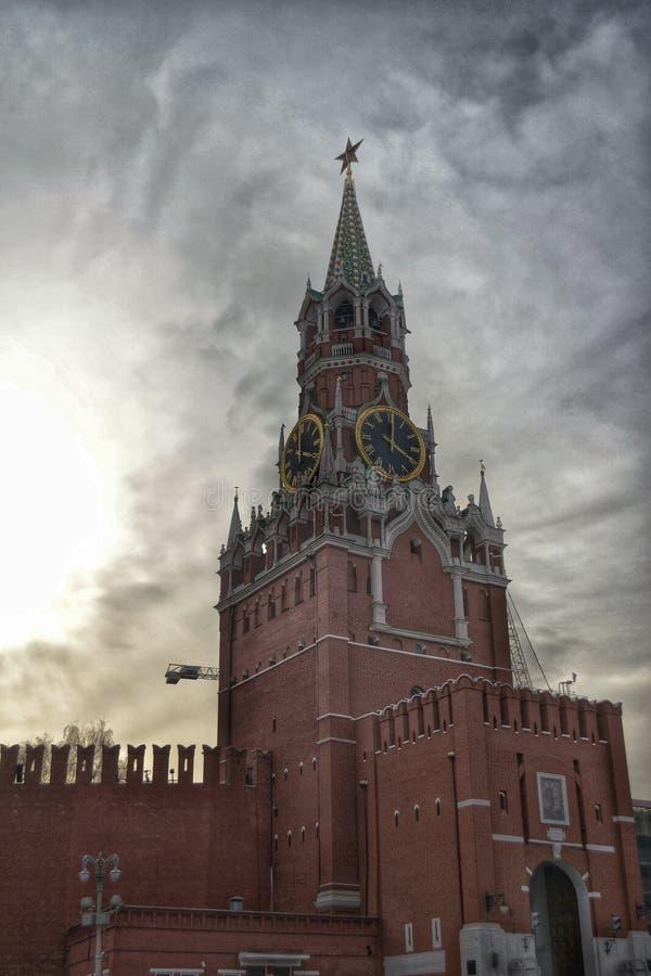 Башня Spasskaya на Кремле в Москве стоковая фотография