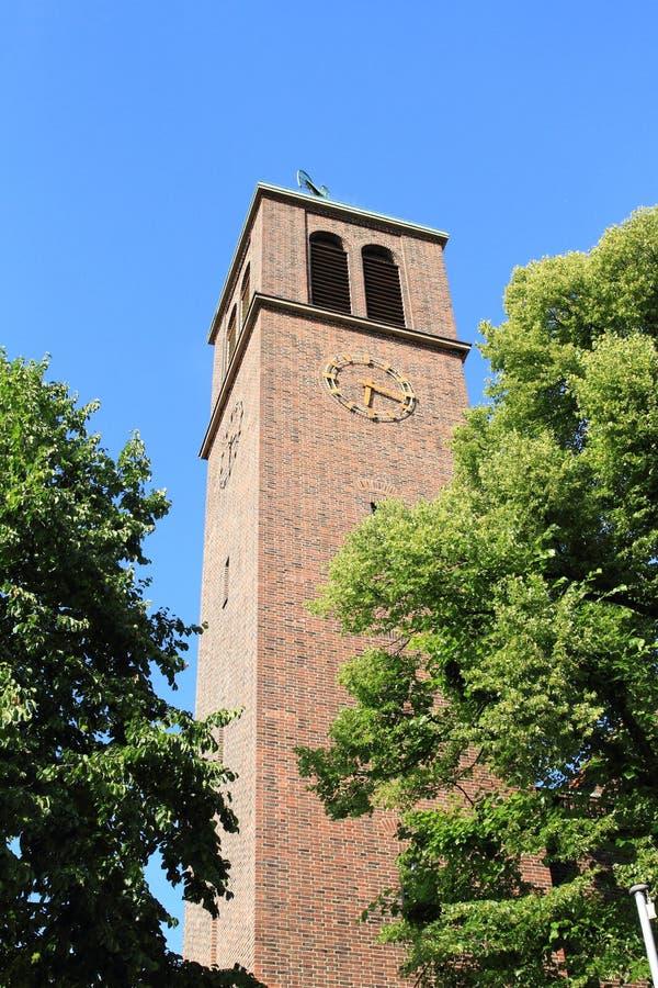 Башня St Ludgerus приходской церкви стоковые изображения rf