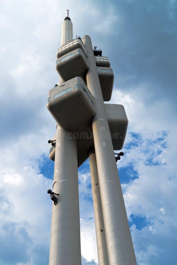 Башня televison Zizkov в Праге стоковое изображение rf