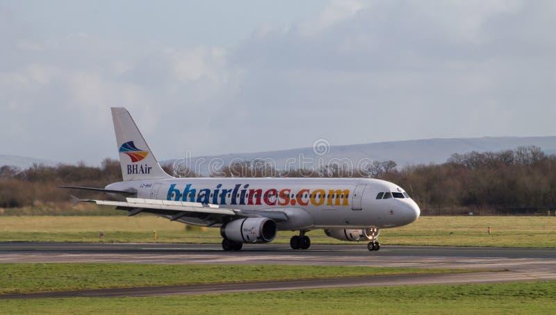 Балканский аэробус 320-200 авиакомпаний праздников стоковые изображения