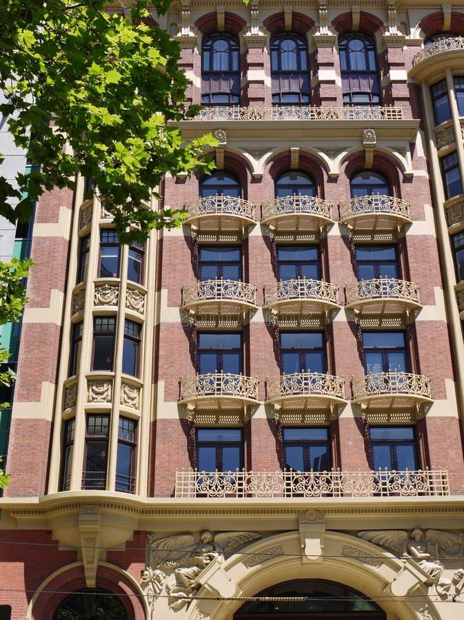 Download Балконы литого железа в Мельбурне Редакционное Стоковое Изображение - изображение насчитывающей обозите, ведущего: 37925779