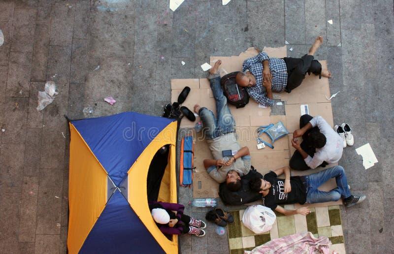 Беженцы в Будапеште, Венгрии стоковые изображения