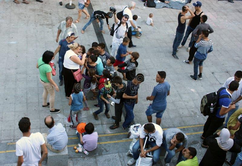 Беженцы в Будапеште, Венгрии стоковое изображение