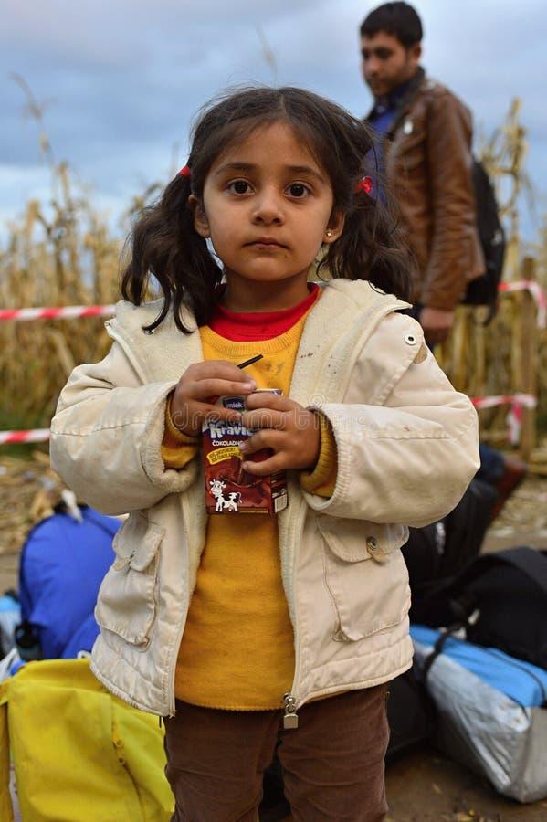 Беженцы в Babska (Сербе - граница Croatina) стоковые фото