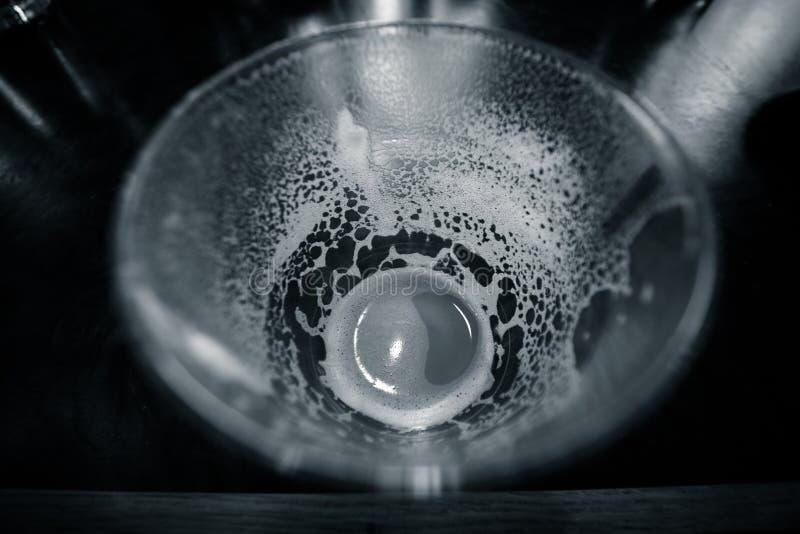 Бездонное стекло Latte стоковые фотографии rf