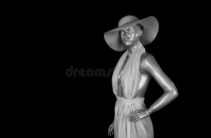 Безжизненный манекен на черной предпосылке, конце вверх стоковые изображения