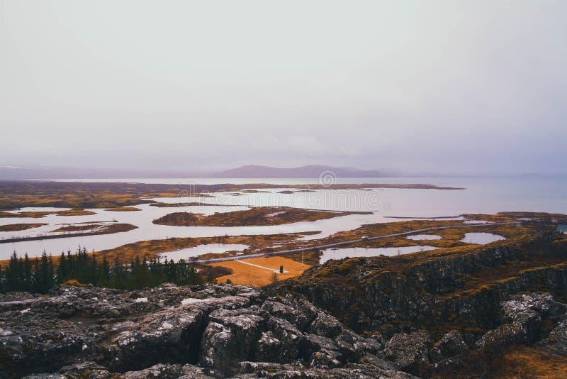 безмолвие места природы ландшафта озера рыболова красотки стоковые фотографии rf