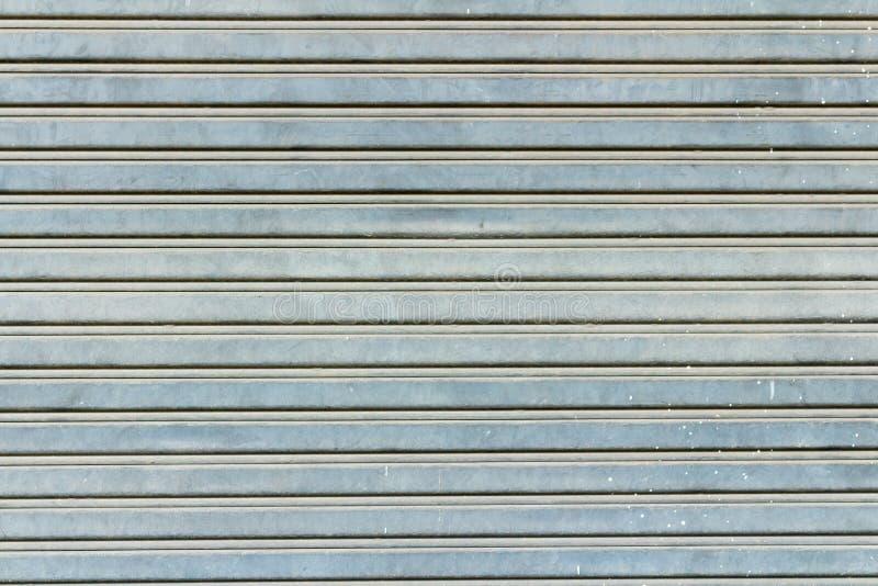 безопасность крена металла двери ретро пакостно текстурировано стоковое изображение