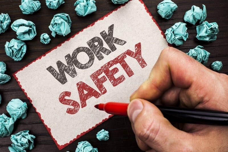 Безопасность работы показа знака текста Схематический Safeness обеспечения предохранения от регулировок безопасностью предостореж стоковое изображение rf