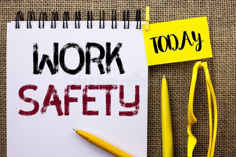 Безопасность работы текста почерка Safeness обеспечения предохранения от регулировок безопасностью предосторежения смысла концепц стоковое фото rf