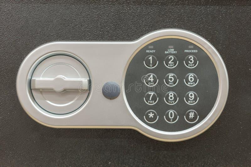 Безопасный банк коробки безопасности предохранения от номера пусковой площадки пароля кода замка безопасный замок кода стоковые изображения