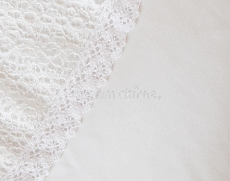 Белая предпосылка текстуры ткани, белая предпосылка текстуры ткани сатинировки стоковые фото