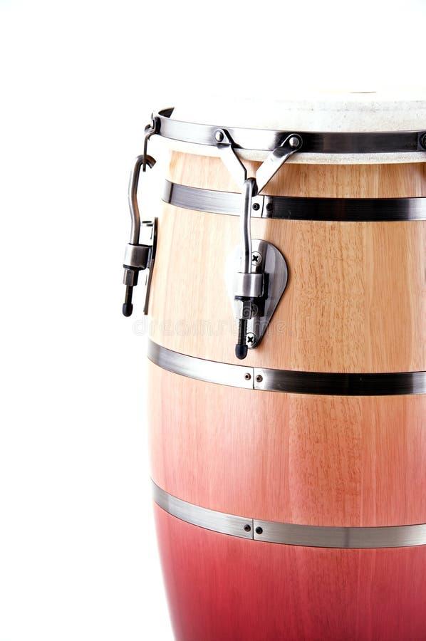 белизна барабанчика conga красная стоковые изображения rf
