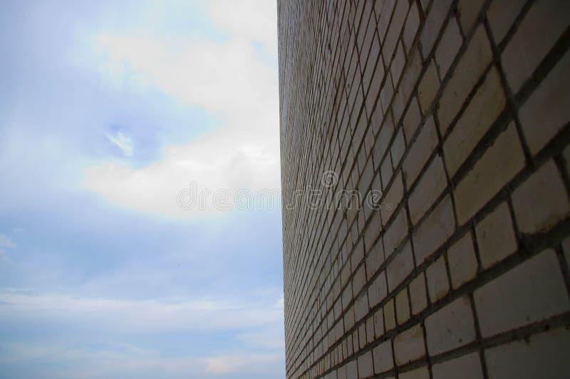 белизна кирпичной стены стоковые изображения