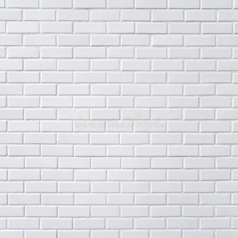 белизна кирпичной стены стоковое изображение