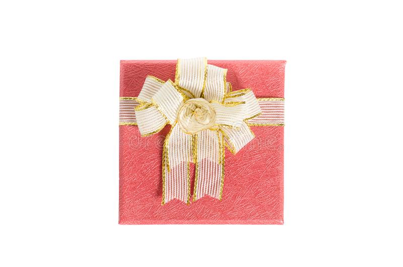 белизна коробки предпосылки изолированная подарком красная стоковые изображения