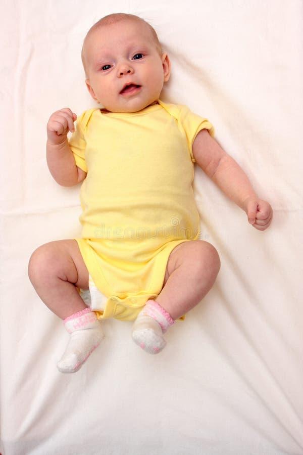 белизна месяцев 2 младенца стоковые изображения