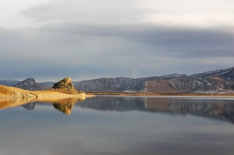 белизна озера стоковые фотографии rf