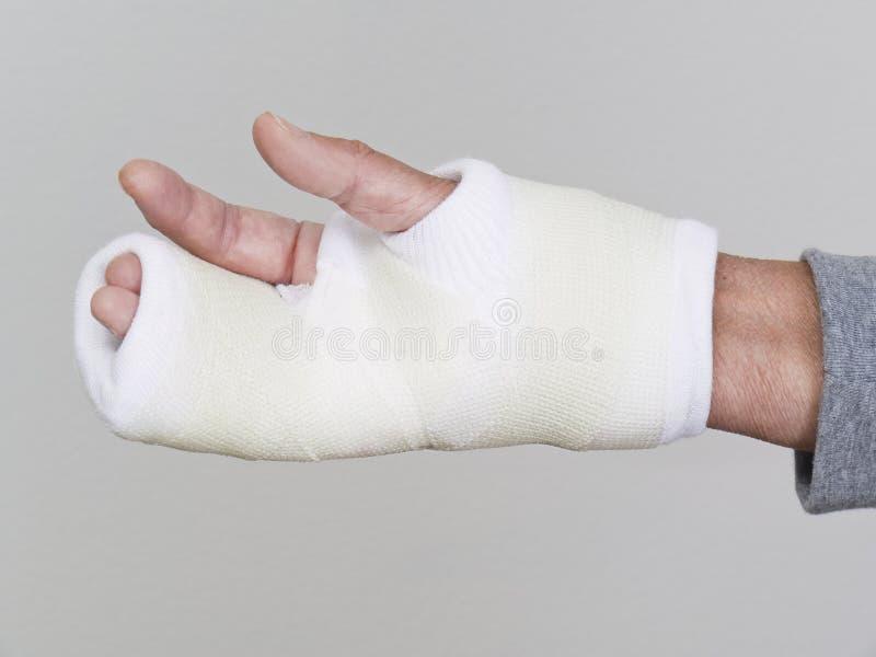 белизна права руки бросания стоковые изображения rf