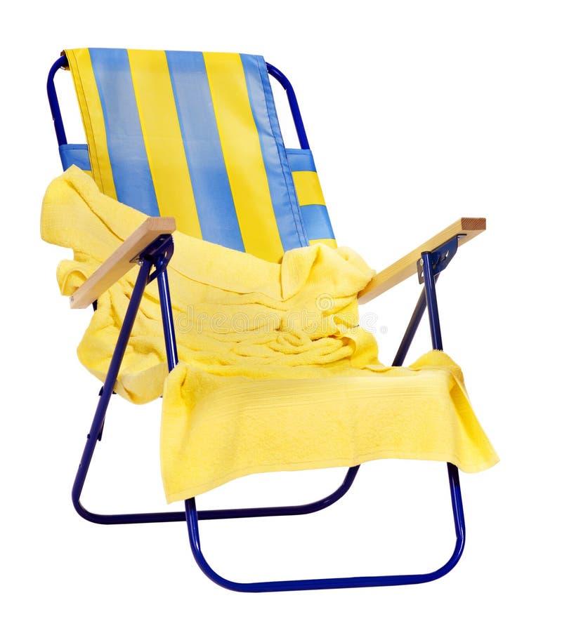 белизна стула striped палубой стоковые изображения