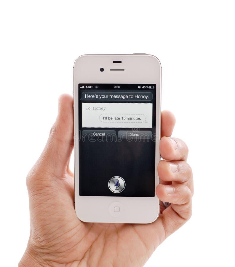 белизна текста siri сообщения iphone 4s стоковое изображение rf