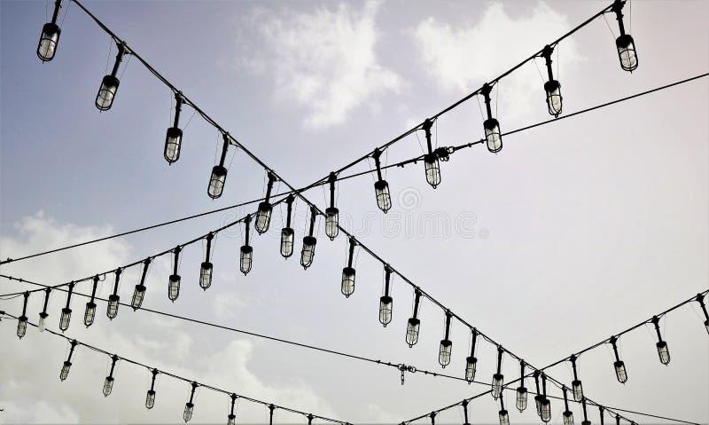 белизна улицы 8 изолированная eps светильников стоковое фото