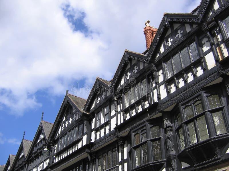 белизна chester черных зданий старая стоковые изображения