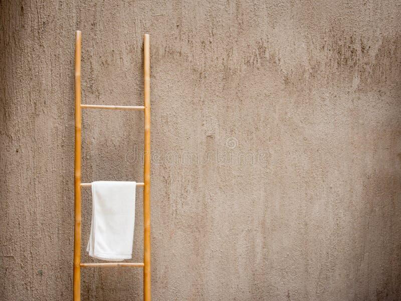 Белое полотенце спы стоковое фото rf