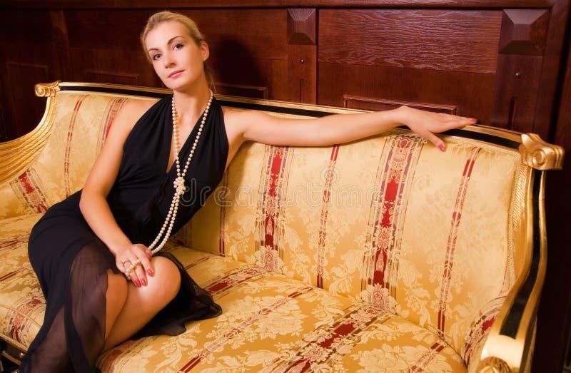 белокурая девушка сексуальная стоковая фотография