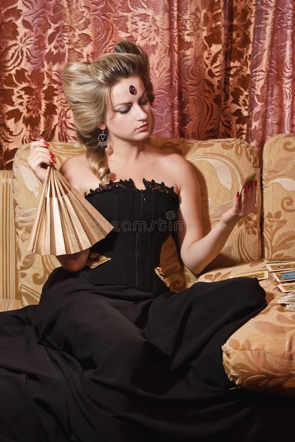белокурая женщина портрета стоковое изображение rf