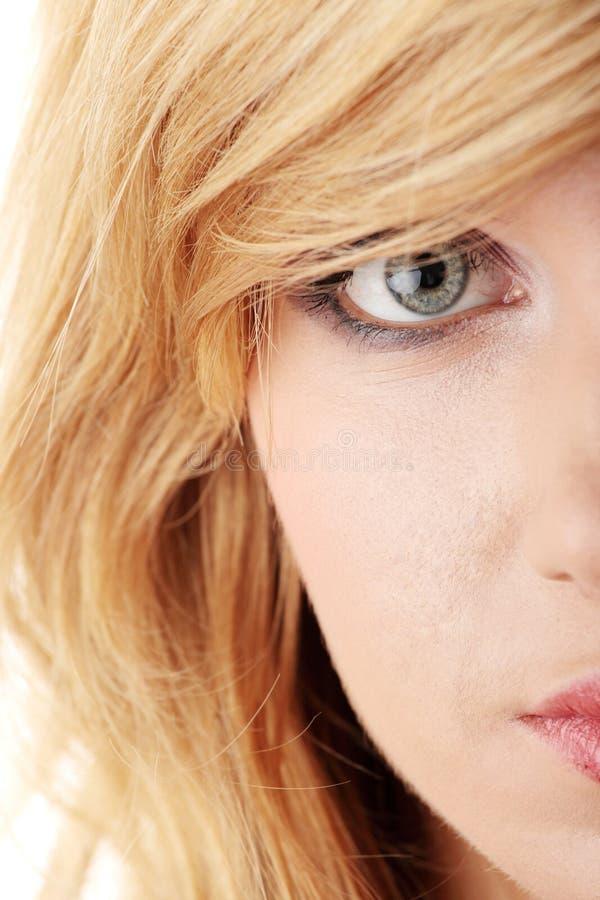 белокурое предназначенное для подростков стоковая фотография