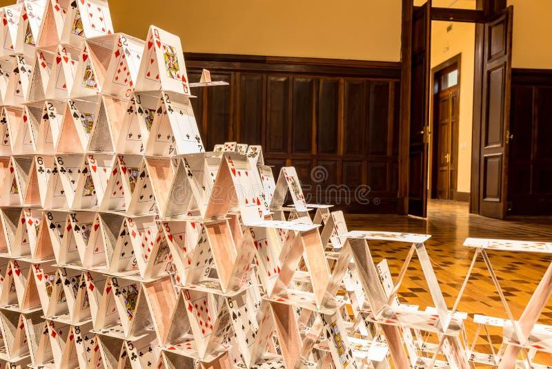 БЕЛУ-ОРИЗОНТИ, БРАЗИЛИЯ - 12, ОКТЯБРЬ 2017: Instalation i искусства стоковая фотография rf