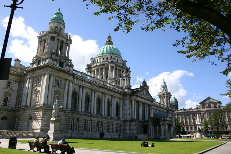 Белфастская ратуша стоковые фотографии rf