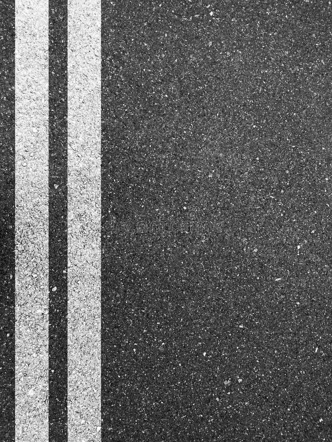 Белые дорожные разметки иллюстрация штока