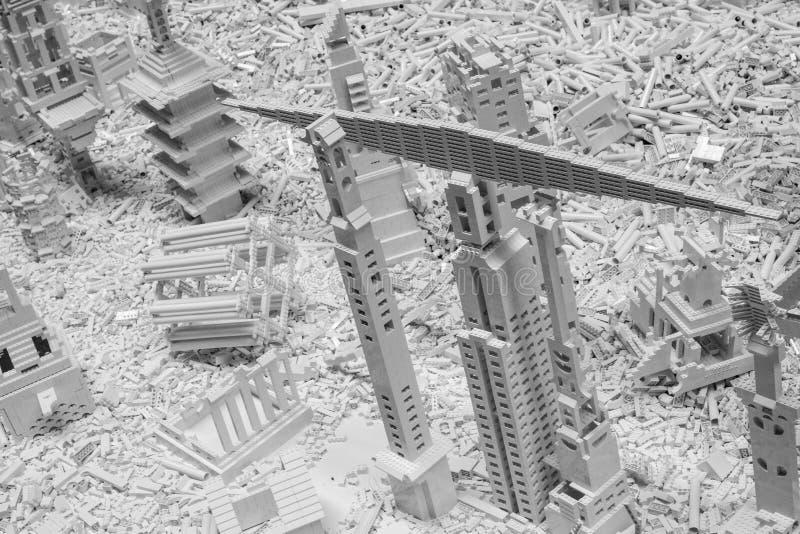 Белые кирпичи Lego в турбине Hall на Tate современном, Лондоне Великобритании Установка вызвана проектом Lego художником Olafur E стоковое фото rf